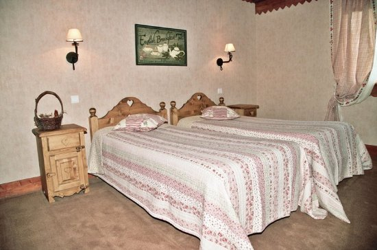 La Chatelaine, France: Guest room