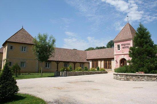 La Chatelaine, France: Exterior