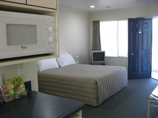 Cooks Gardens Motor Lodge: Guest room