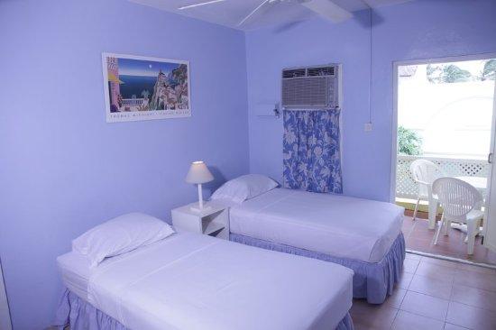 Meridian Inn: Guest room