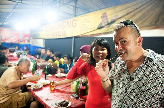 Kleine Gruppe Denpasar Night Food Tour