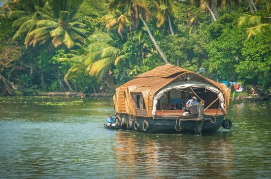 Private Overnight Alleppey Houseboat...