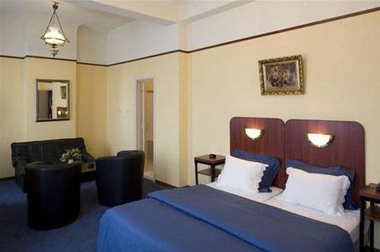Billard Palace: Guest room
