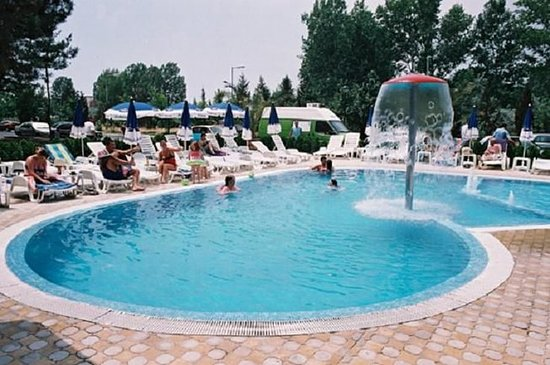 Hotel aktinia updated 2017 reviews price comparison - Sunny beach pools ...