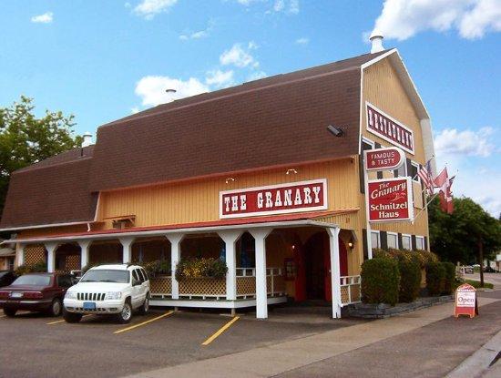 Eganville, Kanada: Restaurant Exterior