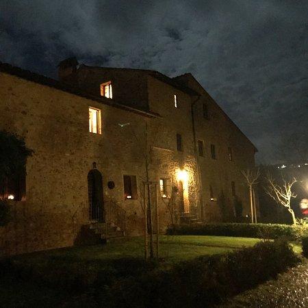 Borgo al Cerro: photo1.jpg