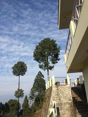 V Resorts Mumukshu Pauri: View from the other side