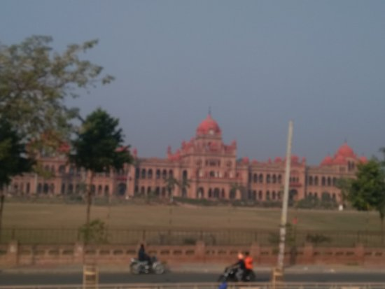 Khalsa College : Photo taken from Moving Open Top Bus