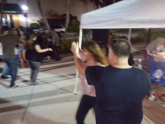 Salsa Dancing In The Streets Picture Of The Shops At Pembroke Gardens Pembroke Pines