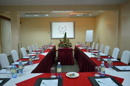 Jacaranda Nairobi Hotel: Professional meeting rooms