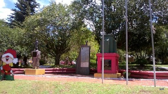 Praca Olmiro Ferreira Porto