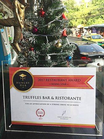 Truffles Bar & Ristorante: Hungry Hub Award
