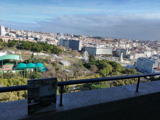 Four Seasons Hotel Ritz Lisbon Photo