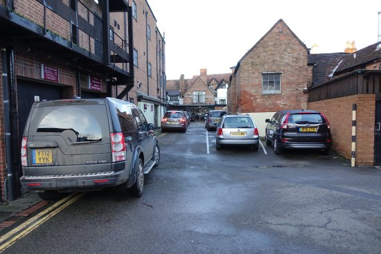 Parking - very congested over Christmas - access problems