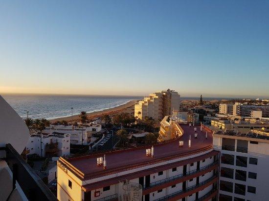 Las arenas apartamentos playa del ingles spanje foto 39 s reviews en prijsvergelijking - Apartamento las arenas playa del ingles ...