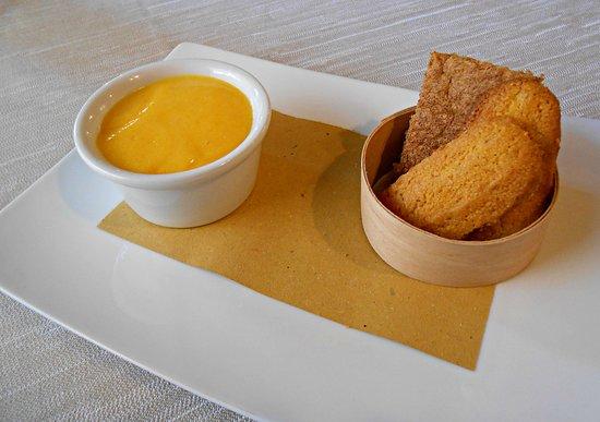 Taverna San Martino : Sanbajun, Paste 'd melia, Torta di nocciole.