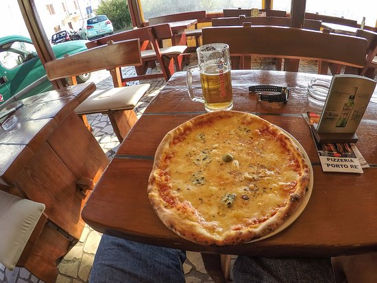 Kraljevica, Kroatië: Pizza