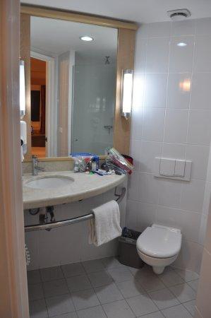 Hotel Ibis Merida Photo