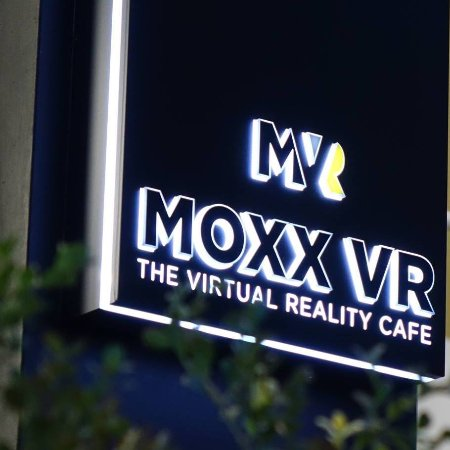 MOXX VR The Virtual Reality Cafe