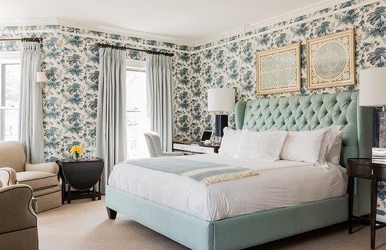 Lexington, MA: Amazing light and elegant decor make this room a guest favorite.