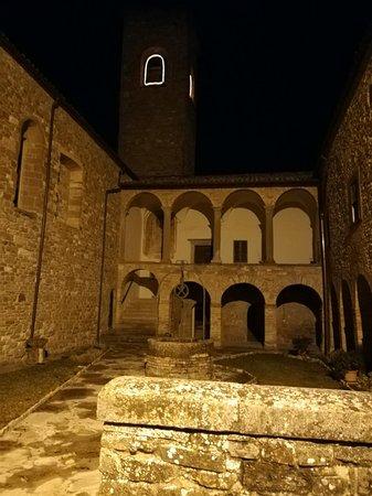 Pieve Di San Giovanni Battista : Chiostro