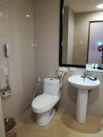 Hotel Kimberly: IMG_20180104_124012_large.jpg