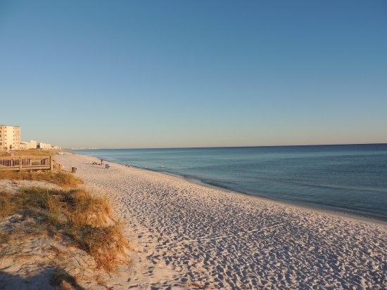 The Islander : Emerald Coast White Sand