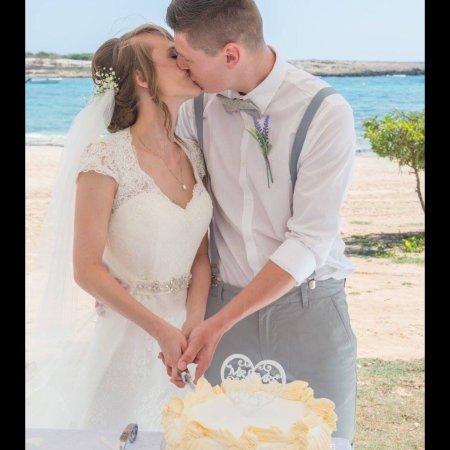 Dome Beach Hotel & Resort: Fab wedding day!!