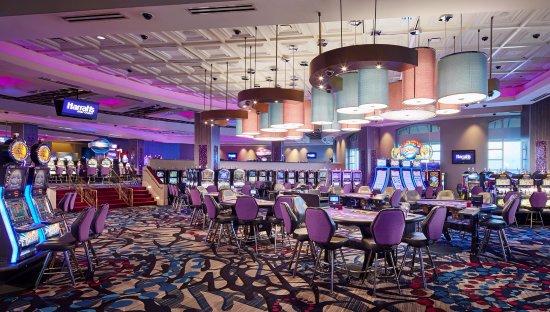 Casino Floor Lower Level Picture Of Harrah S Gulf Coast