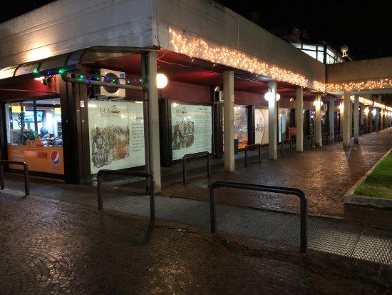 l 39 esterno del ristorante picture of dea di roma rome