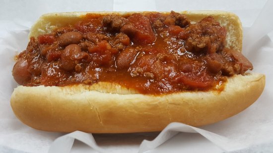 Lake in the Hills, IL: Rock N Grill Chili Dog