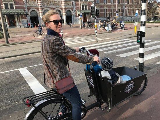 Amsterdam Black Bikes: No pedestrians
