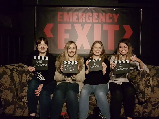 ‪Emergency Exit Escape Rooms‬
