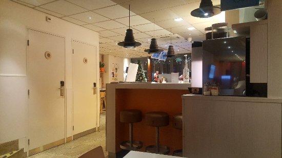 Budget Hotel Tourist Inn: 20180104_205907_large.jpg