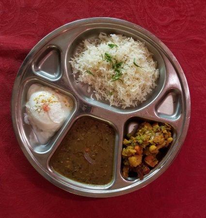 Frazier Park, CA: Vegetarian thali