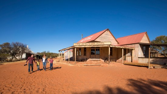 Ooraminna Station Homestead, Hotels in Alice Springs