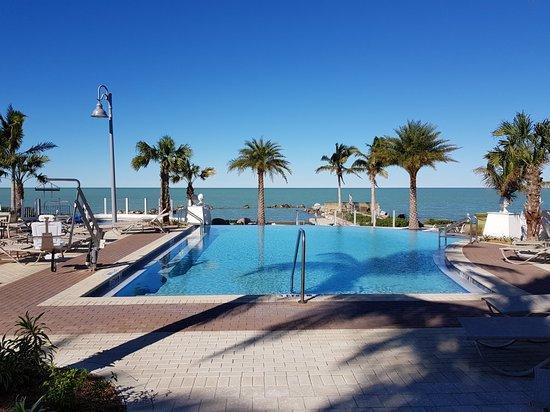 Courtyard By Marriott Marathon Florida Keys Updated 2018 Prices Hotel Reviews Tripadvisor