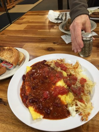 Wheatland, WY: egg /cheese omelette with red chili, hash bowns