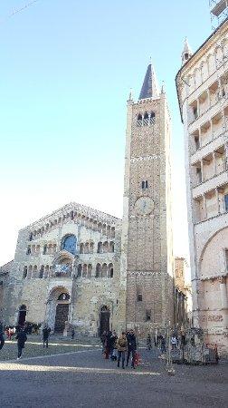 Cattedrale di Parma: 20180104_123405_large.jpg