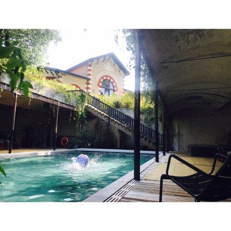 Hotel Ville d'Hiver : La piscine et bien plus!