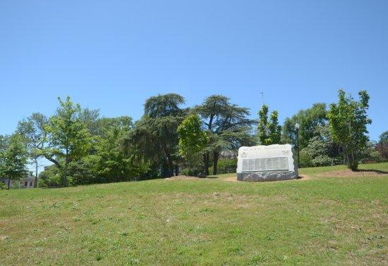 Coleman Hill park: un monumento