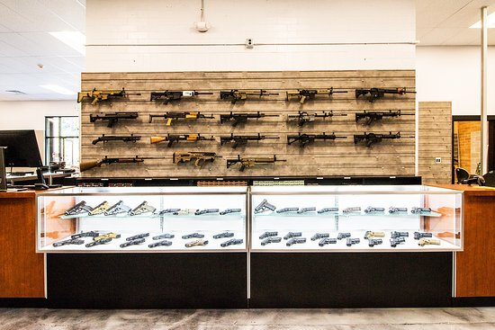 Oak Harbor, Ουάσιγκτον: We have a great selection of firearms for sale, and our prices are hard to beat!