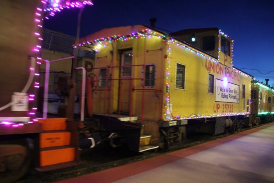 Portola, CA: Christmas Train !!!