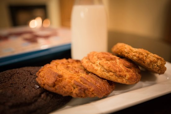 Cookies Amp Milk Room Service Picture Of Dolphin Bay