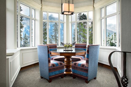 terrace dining room banff | Terrace Suite, Dining Area. - Picture of Fairmont Banff ...