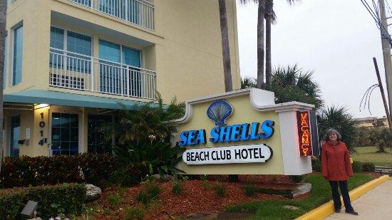 Sea Shells Beach Club: 20171229_160016_large.jpg