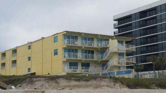 Sea Shells Beach Club: 20171230_100756_large.jpg
