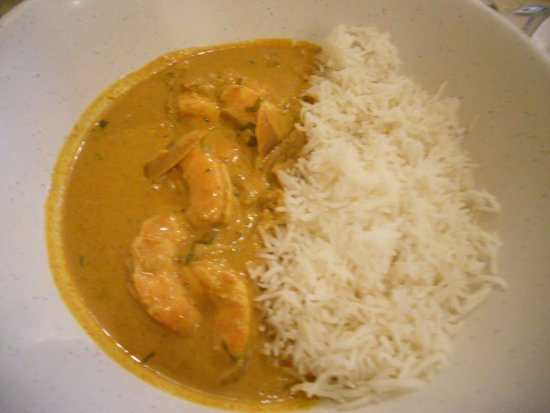 Cafe des Amis: shrimp curry with rice...