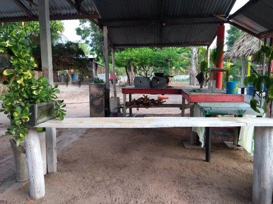 Planeta Rica, Colombia: Casa campestre, decoración rústica, ideal para descanso y disfrutar de la gastronomía de la regi