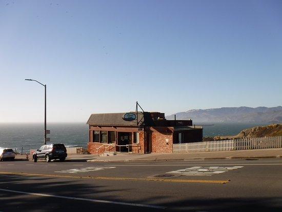 Louis' Restaurant : What a view!